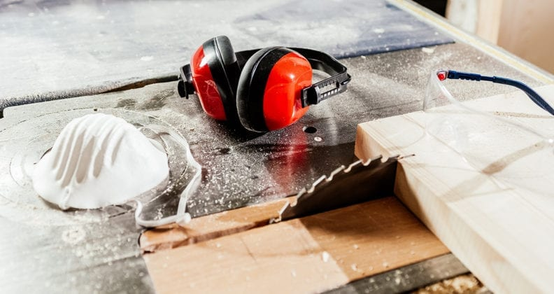 Personal protective equipment for carpenters