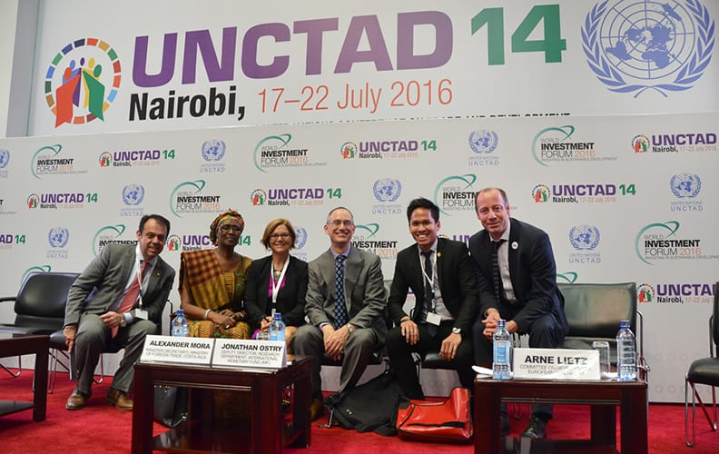 Thomson Ch'ng with UNCTAD officials