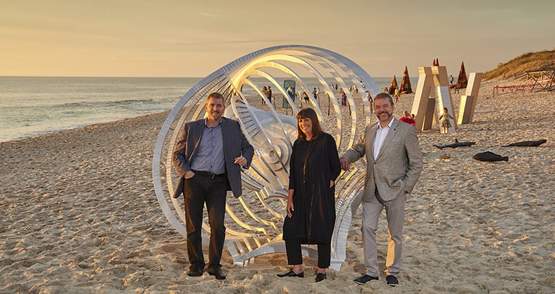 Director of the John Curtin Gallery Chris Malcolm, sculptor and WAIT alumna Anne Neil and the Hon. Michael Mischin MLC, with Murmur.